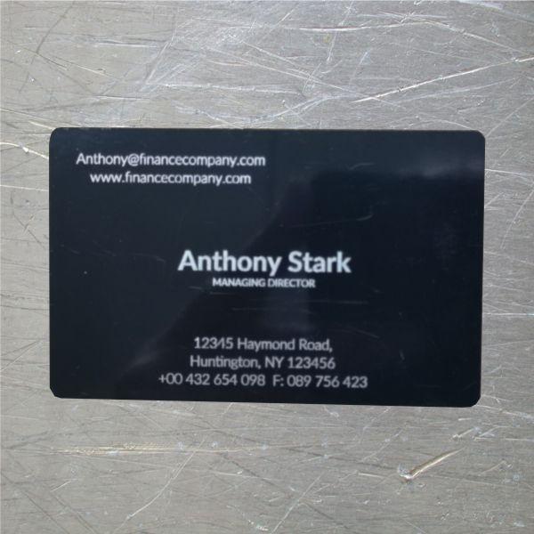 biglietti alluminio nero con incisione laser